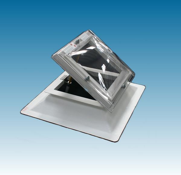 Lichtkoepel ventilerend